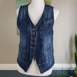 Moving Sale 🎉 Medium Denim CAbi Jeans Vest
